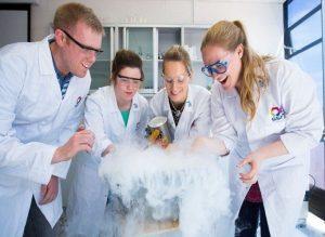 Chemistry-students-SFI-report-718x523