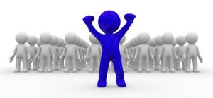 Standing-out-in-a-crowd-of-Bloggers-670x310