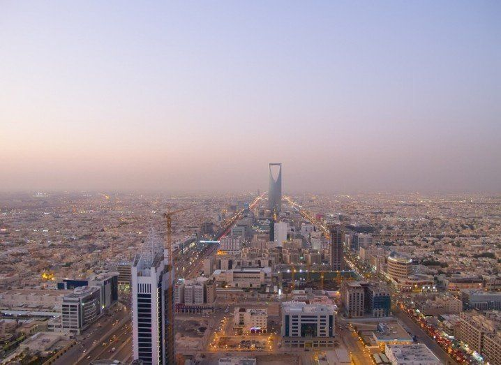 saudi-shutterstock 136523591-718x523